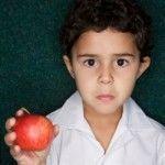 Okula Giden Çocuklar Nasıl Beslenmeli?