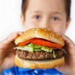 Çocuklara ev yemeklerinden paket yapın